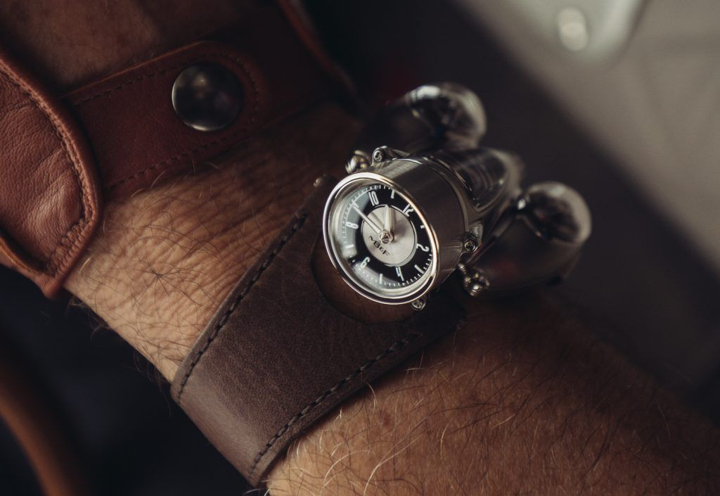 HM9_Road-Edition_Wrist-shot3_Lres