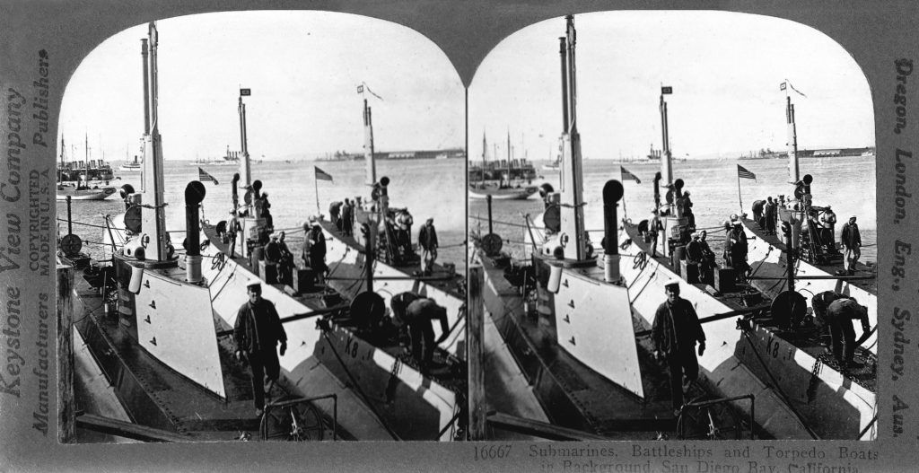 p55_-_us_navy_submarines_battleships_torpedo_boats_in_san_diego_bay_1920