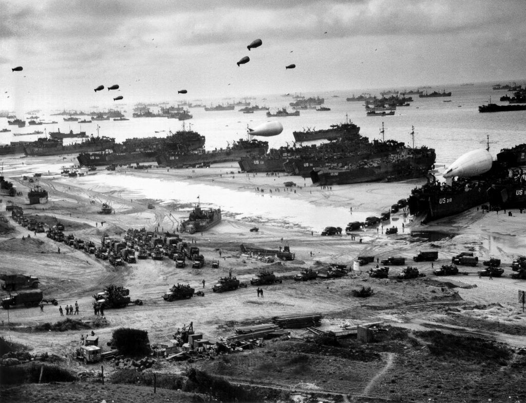 panoramic_photograph_of_the_d-day_landing_in_normandy_june_1944