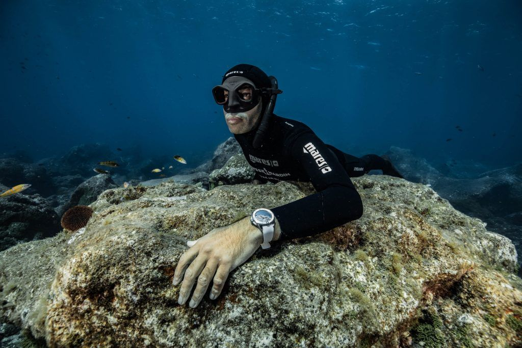 fred_buyle_acores_new_diver_chronometer_ulysse_nardin_underwater_4