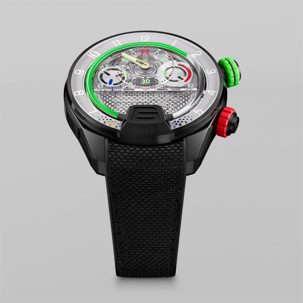 HYT H4 GreenFluid multi FrontView blog debajo del reloj