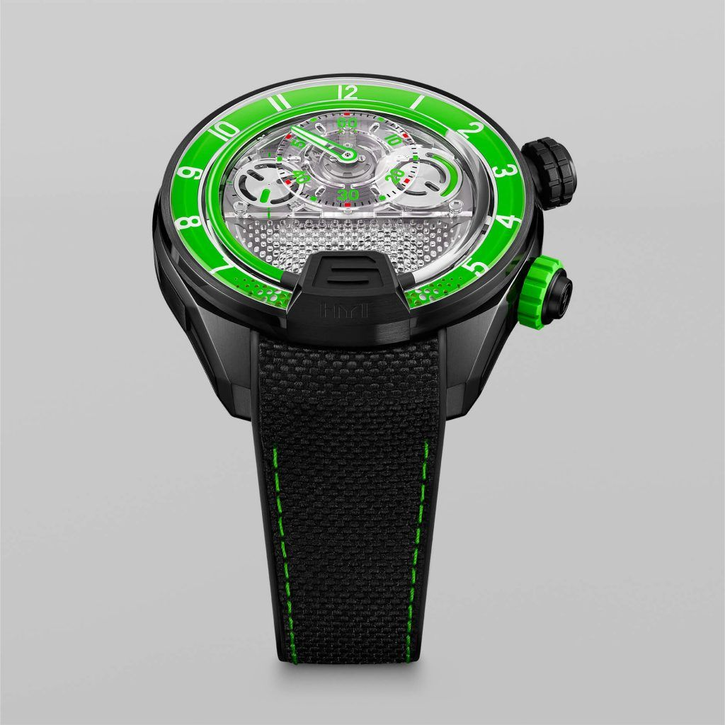 HYT H4 GreenFluid FrontView blog debajo del reloj