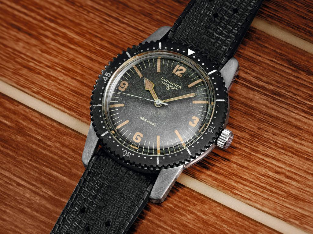 The Longines Skin Diver Watch original blog debajo del reloj