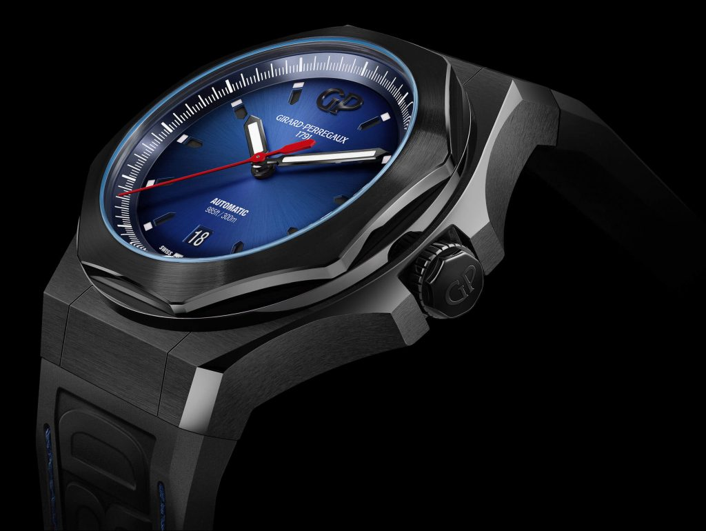 GIRARD-PERREGAUX-Laureato-Absolute-Ambiance