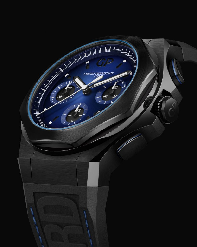 GIRARD-PERREGAUX-Laureato-Absolute-Chronograph-Ambiance