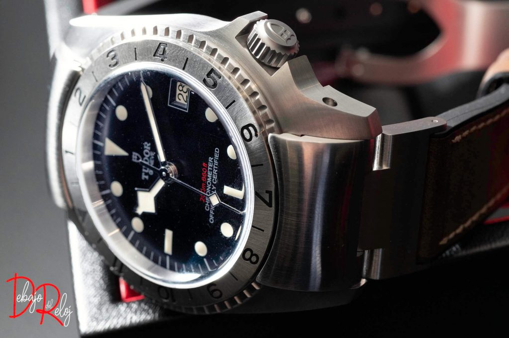 tudor Black Bay P01 life-3