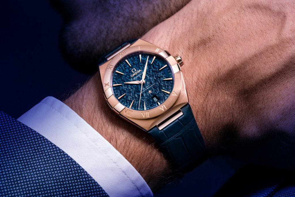 Omega Constellation Gents collection detalle muñeca