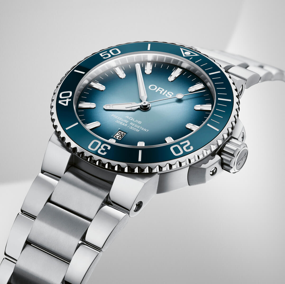 Oris Lake Baikal Limited Edition beauty